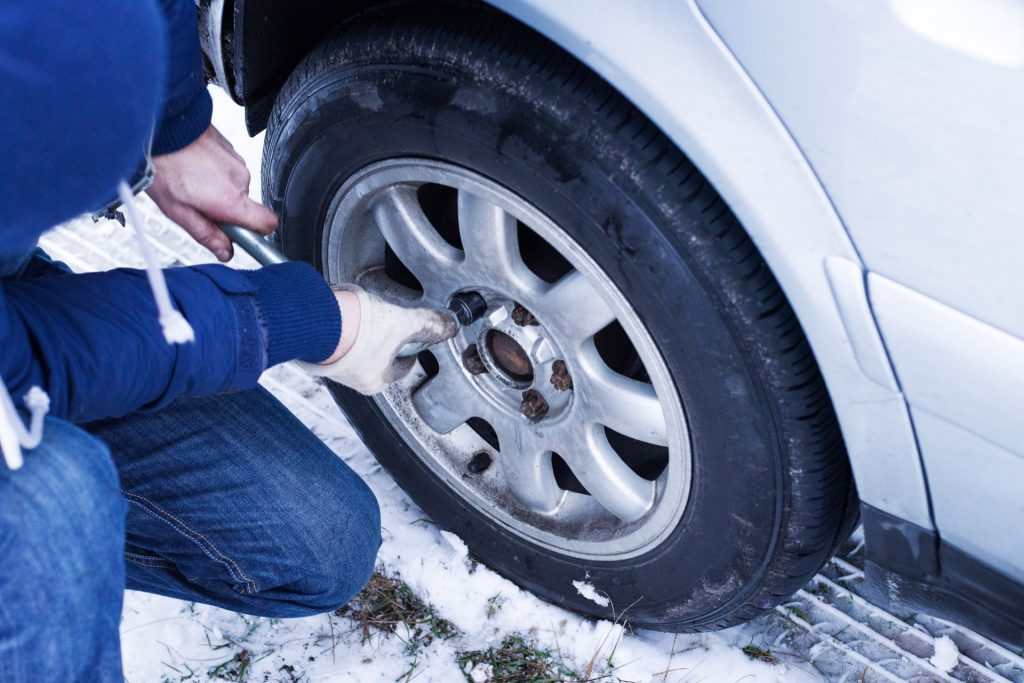 Common Car Parts You May Need to Replace During the Winter
